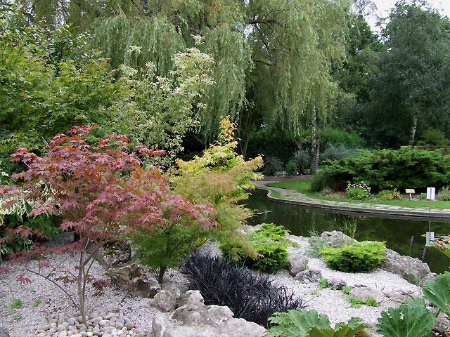 Landscaped Gardens At Eltham Crematorium, Falconwood