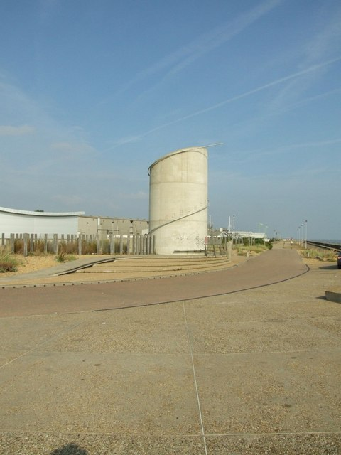 Strange tower at Lowestoft Ness