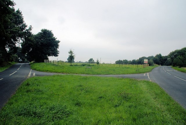 Junction of Sandy Lane and Dalefords Lane