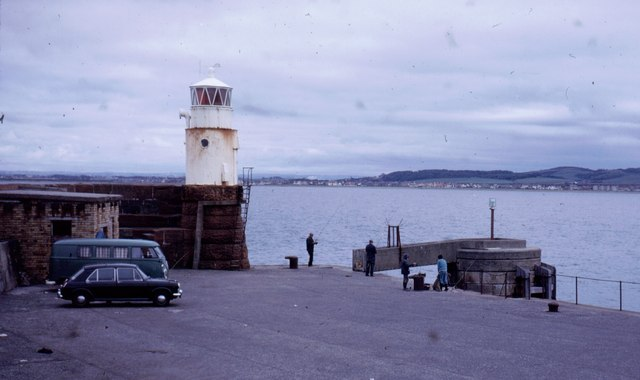 Lighthouse at the end of Troon pier