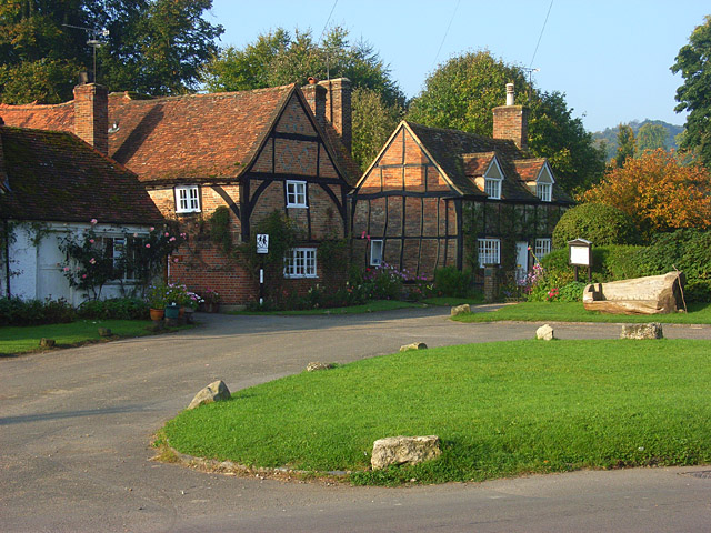 Cottages And Green Turville 169 Andrew Smith Geograph