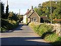 SO9905 : Country Lane, Daglingworth by Stuart Wilding