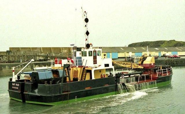 Dredging Portrush harbour