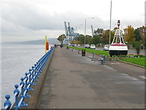 NS2677 : Greenock Esplanade by G Laird