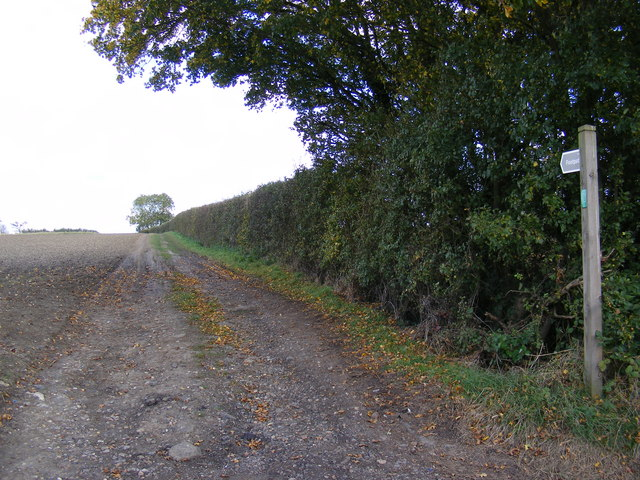Footpath to A1120 at Button's Hill, B1116 Dennington Road & Peppers Wash