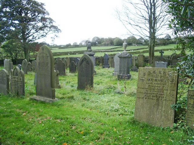 Lumbutts Methodist Church, Graveyard