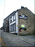 SD9828 : The White Lion, Towngate, Heptonstall by Alexander P Kapp