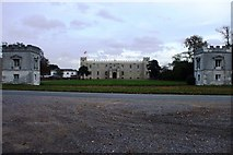 TQ1776 : Syon House & gatehouses by Phillip Perry
