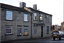 SE1735 : The Junction Inn by Richard Kay