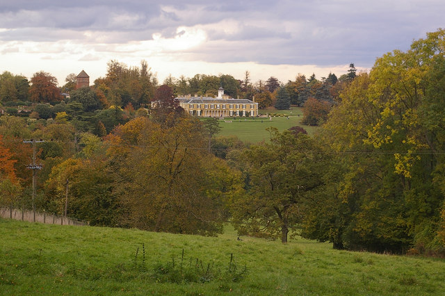 Towards Polesden Lacey