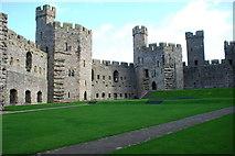 SH4762 : Castell Caernarfon Castle by Alan Fryer