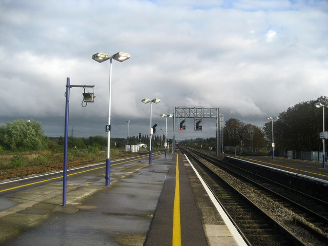 Looking South East from Didcot Parkway