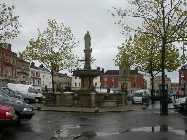 Monument & Fountain, Market Square, Devizes