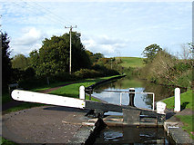 SO8690 : Staffordshire and Worcestershire Canal at Marsh Lock, Swindon by Roger  Kidd