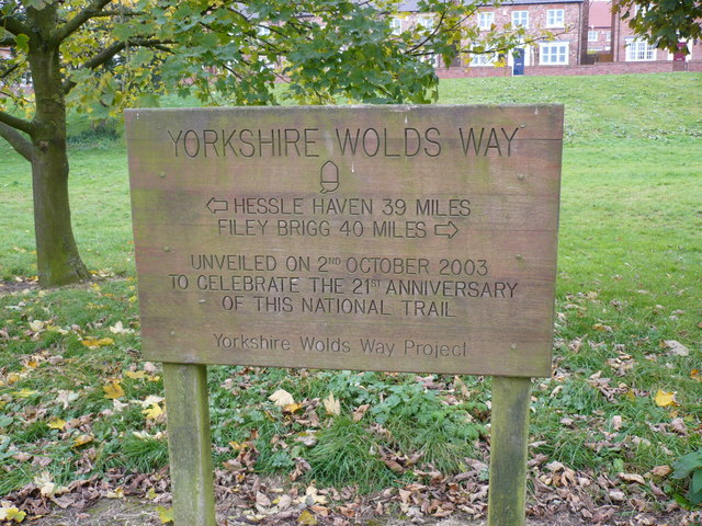 Wolds Way half way point