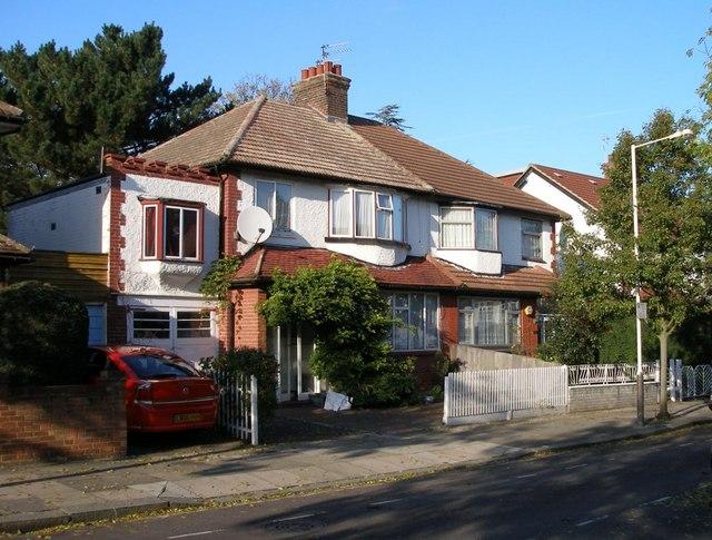 21 & 23 Gunnersbury Crescent, Acton, London W3