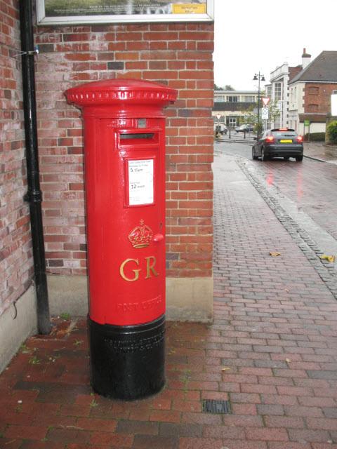 Georgian post box, Bridge Street, Godalming by Stephen Craven