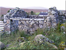 B8614 : Ruined farm building at roadside - Tor Townland by Mac McCarron