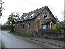 SU0122 : Bowerchalke: converted chapel by Chris Downer
