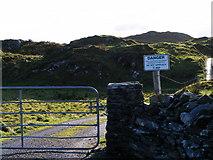 G6996 : Dangerous land, Summy Townland by Mac McCarron