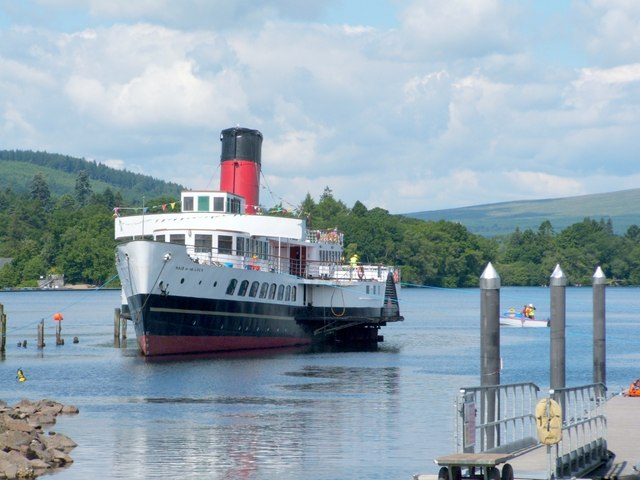 Maid of the Loch - preparations for slipping