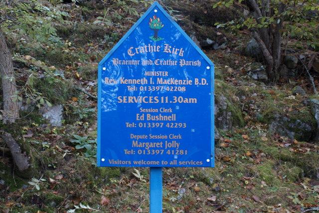 Sign at entrance to Crathie Kirk