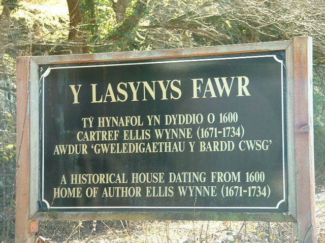 The welcoming sign for Y Lasynys Fawr