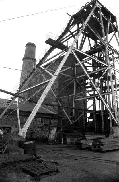 Robinson's Shaft, south Crofty