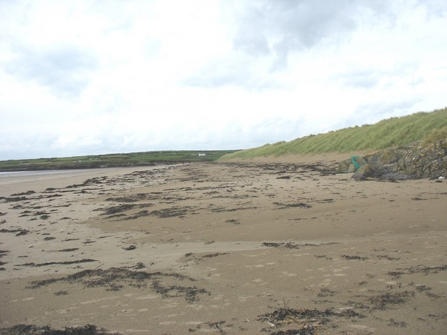 View north along the dune front at Traeth Mawr, Aberffraw