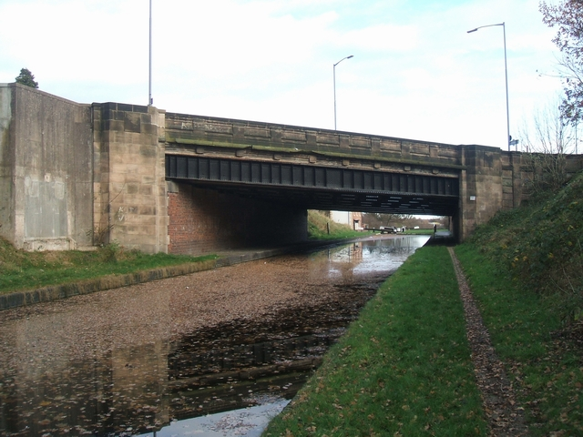 Tame Valley Canal - A34 Walsall Road Bridge
