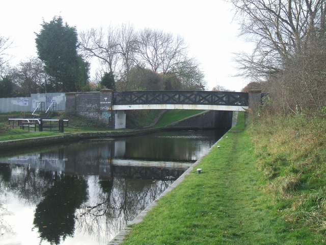 Tame Valley Canal - Perry Barr Lock Bridge