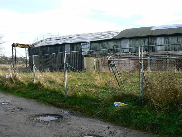 Disused hangar, Juggler's Lane, Yatesbury