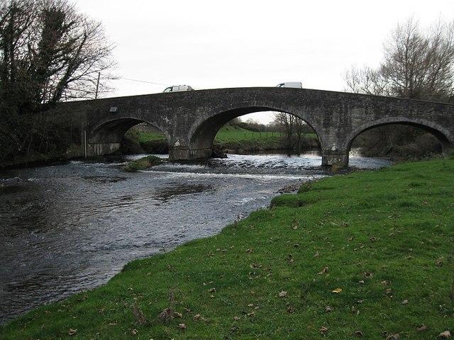 Dinin Bridge