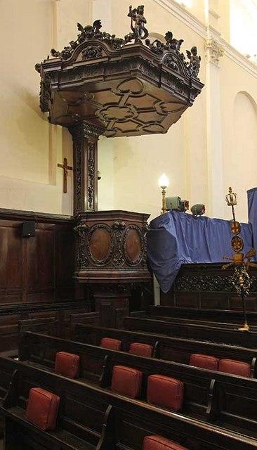 St Clement's Church, Clement's Lane, London EC4 - Pulpit