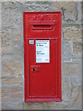 NZ1164 : Victorian postbox, Wylam by Mike Quinn