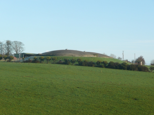 Flying Saucers near Donore, Co. Meath?
