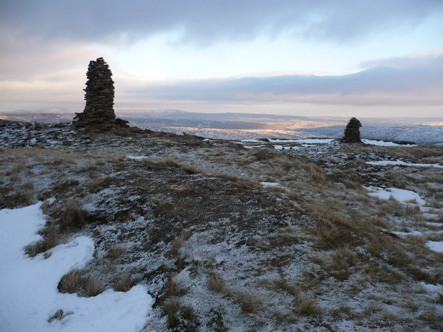 The conical cairns on Fountains Fell