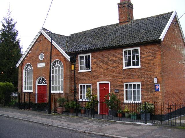 Former Methodist Chapel & Caretaker's Cottage