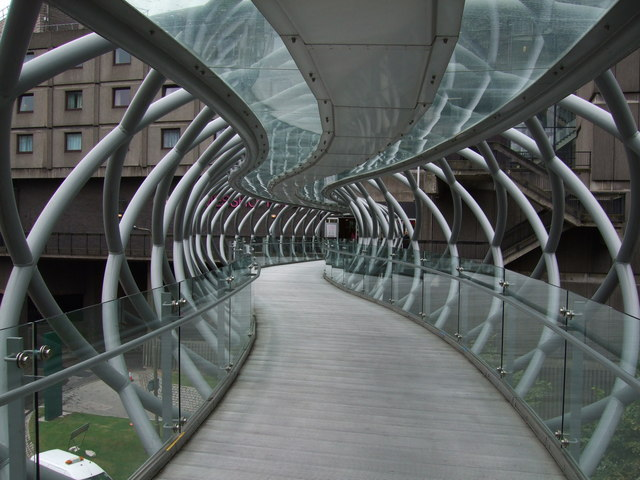 Bridge over Leith Street linking to St James Shopping Centre