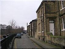 SE1338 : Albert Terrace - Albert Road by Betty Longbottom