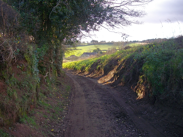 The old road to the Pepper Mill