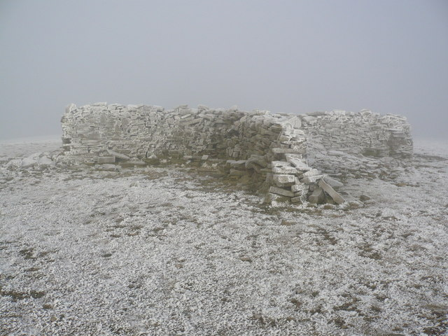Summit shelter on Cross Fell