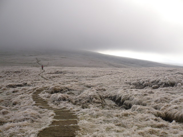 The Pennine Way between Little Dun Fell and Cross Fell