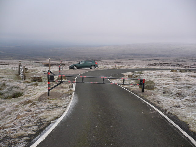 Gate on private road to Great Dunn Fell Radar Station