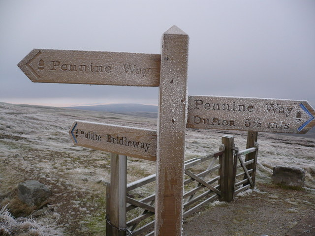 Signage on the Pennine Way south east of Great Dunn Fell