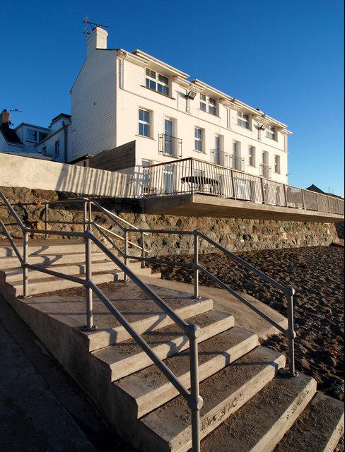 Gwesty Tŷ Newydd Hotel