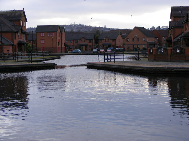 Dudley Port Canal Basin