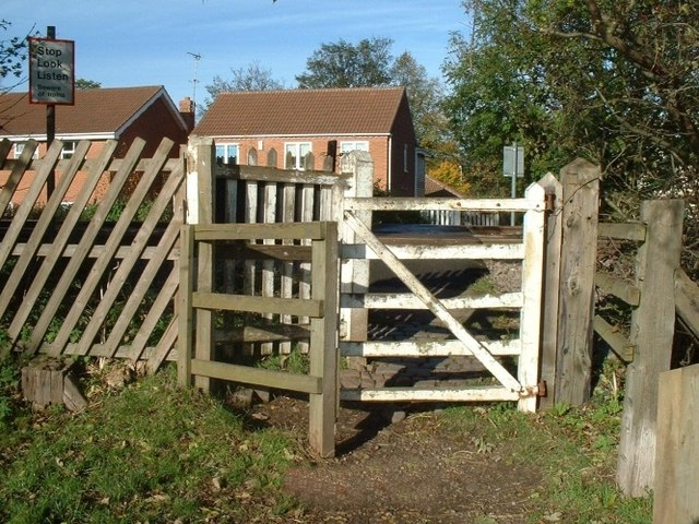 Kissing gate at the Lord Nelson railway crossing