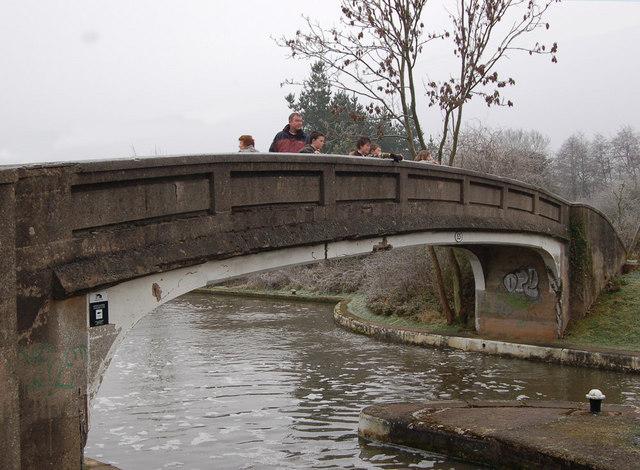 Hatton middle lock bridge