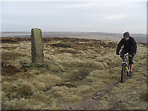SE0030 : Approaching the summit of High Brown Knoll by michael ely